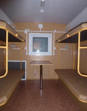 Типичная планировка жилого вагончика на 8 человек - 2 помещения на 4 человека каждое.