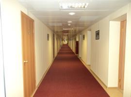 Коридор административно-бытового здания