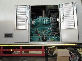 Монтаж дизельного генератора в контейнере на шасси