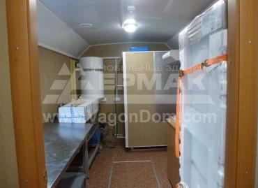 Кухня в вагон-доме для ФСК