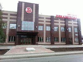 Фасад здания склада с примыканием административного здания