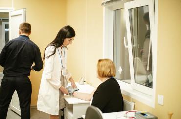 На стенде Группы Ермак посетители могли проверить артериальное давление