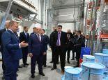 Премьер-министр Мишустин высоко оценил лакокрасочную продукцию, применяемую для окраски вагон-домов Ермак
